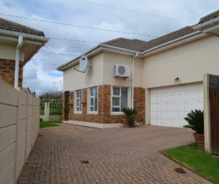 R 1,999,000 - 3 Bed House For Sale in Durbanvale