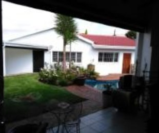 R 1,950 - 3 Bed House For Sale in Bergbron