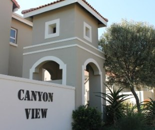 R 18,000 - 3 Bed Property To Rent in Eagle Canyon Golf Estate