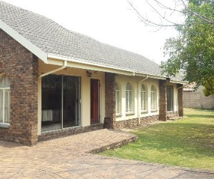 R 1,380,000 - 3 Bed Home For Sale in Rynfield