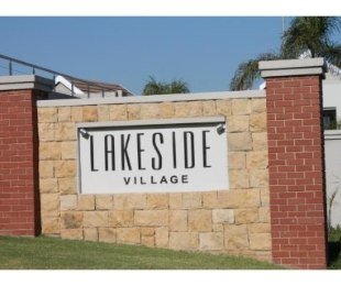 R 10,500 - 2 Bed Apartment To Rent in Eagle Canyon Golf Estate