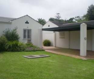 R 2,995,000 - 3 Bed House For Sale in Bergvliet