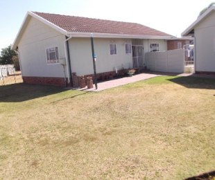 R 602,000 - 3 Bed House For Sale in Bedelia
