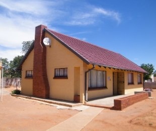 R 471,000 - 3 Bed House For Sale in Virginia