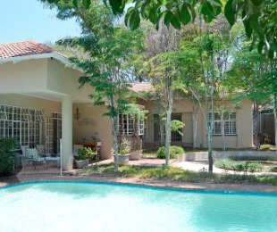 R 8,750,000 - 4 Bed House For Sale in Melrose