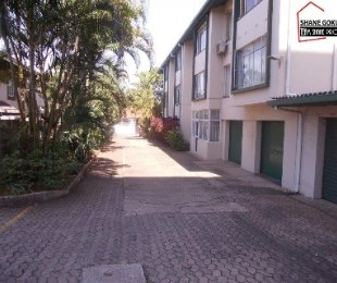 R 499,000 - 1 Bed Flat For Sale in Bulwer