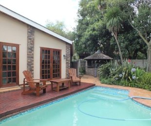 R 1,995,000 - 2 Bed House For Sale in Valhalla