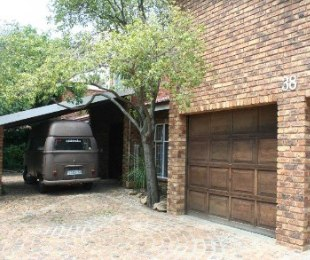 R 1,950,000 - 3 Bed Home For Sale in Glen Marais