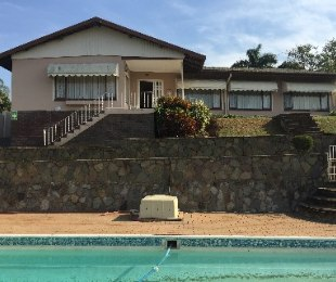 R 1,690,000 - 4 Bed Property For Sale in Yellowwood Park