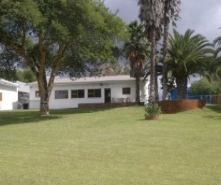 R 2,700,000 - 4 Bed Smallholding For Sale in Hopefield