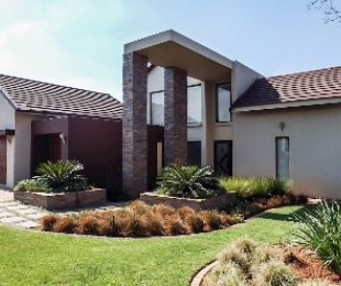 R 6,400,000 - 3 Bed Home For Sale in Serengeti Estate
