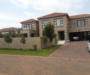 R 5,000,000 - 4 Bed House For Sale in Ormonde