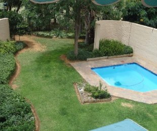 R 950,000 - 4 Bed Property For Sale in Dagbreek