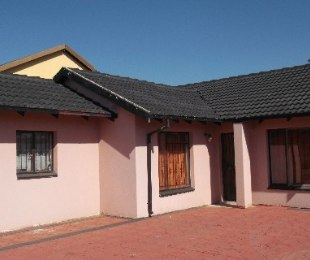 R 650,000 - 3 Bed Home For Sale in Mamelodi
