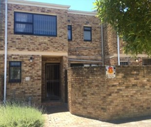 R 1,499,000 - 3 Bed Flat For Sale in Table View