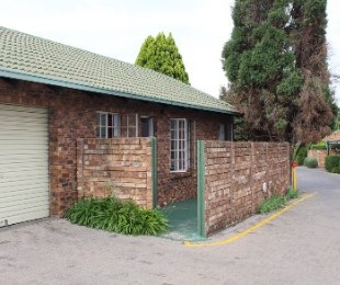 R 760,000 - 2 Bed Property For Sale in Erasmuskloof