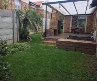 R 10,600 - 3 Bed Property To Rent in Honeydew Ridge