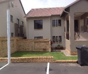 R 12,000 - 3 Bed Property To Rent in North Riding