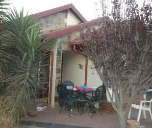 R 795,000 - 3 Bed Home For Sale in Mamelodi