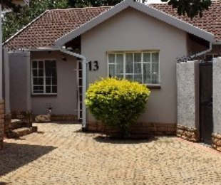 R 8,800 - 2 Bed Property To Rent in Sundowner