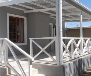 R 749,000 - 2 Bed Property For Sale in Prince Albert