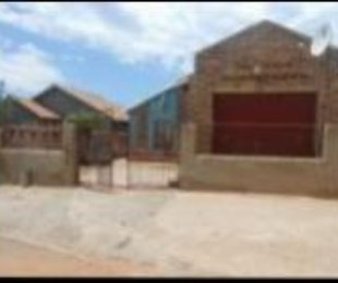 R 100,000 - 3 Bed House For Sale in Katlehong