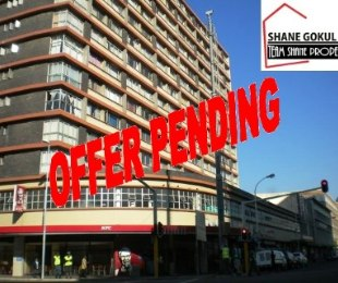 R 315,000 - 1.5 Bed Flat For Sale in South Beach