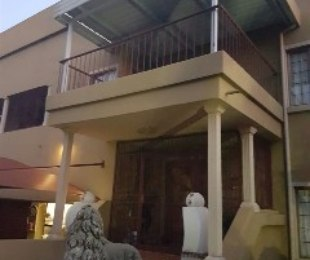 R 2,450,000 - 4 Bed Property For Sale in Amandasig