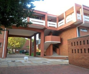 R 280,000 - 1 Bed Property For Sale in Jeppestown
