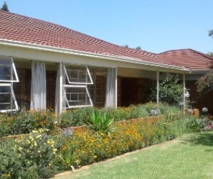 R 1,600,000 - 3 Bed House For Sale in Edenvale