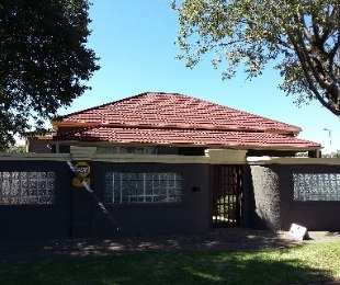R 1,050,000 - 3 Bed Property For Sale in Malvern