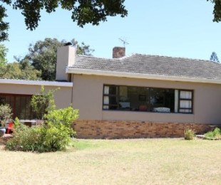 R 3,295,000 - 4 Bed Home For Sale in Proteaville