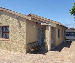 R 799,000 - 3 Bed Property For Sale in Mandalay