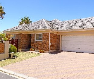 R 1,995,000 - 3 Bed Home For Sale in Durbanvale