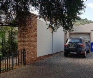R 780,000 - 3 Bed Property For Sale in Amandasig