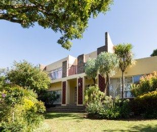 R 2,995,000 - 8 Bed Home For Sale in Rant-En-Dal