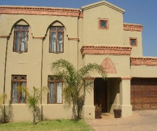 R 19,000 - 3 Bed Property To Rent in Eagle Canyon Golf Estate