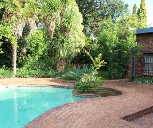 R 2,450,000 - 3 Bed Property For Sale in Bronberrick