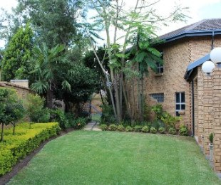R 3,400,000 - 3 Bed House For Sale in Lynnwood