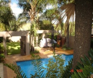R 4,500,000 - 4 Bed House For Sale in Dowerglen
