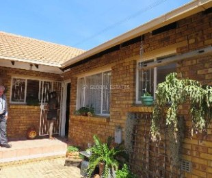 R 970,000 - 3 Bed Property For Sale in Terenure