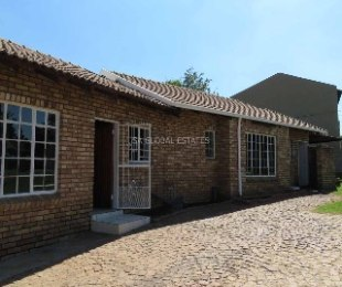 R 930,000 - 3 Bed Home For Sale in Esther Park