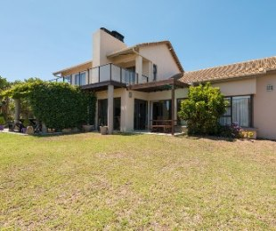 R 4,495,000 - 5 Bed House For Sale in Mossel Bay