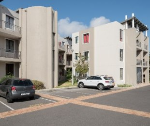 R 940,000 - 2 Bed Flat For Sale in Northern Suburbs