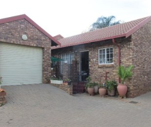 R 695,000 - 2 Bed Property For Sale in Amandasig