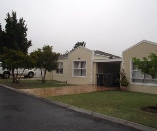 R 14,500 - 3 Bed House To Rent in Sonstraal Heights