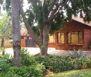 R 1,285,000 - 3 Bed House For Sale in Theresapark