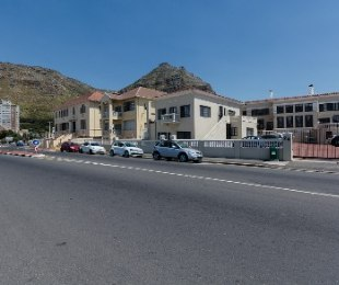 R 1,950,000 - 2 Bed Flat For Sale in Muizenberg
