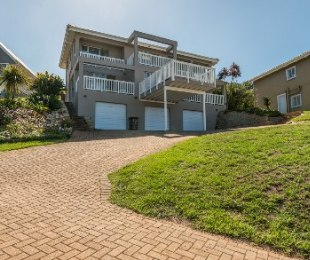 R 2,995,000 - 5 Bed Property For Sale in Herolds Bay