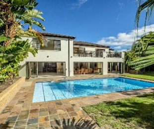 R 12,150,000 - 5 Bed House For Sale in Constantia Upper